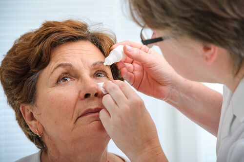 A woman receiving Bimatoprost treatment