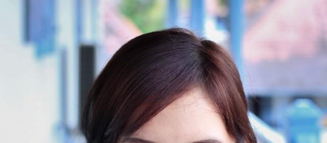 woman-oily-scalp-ccl (1)